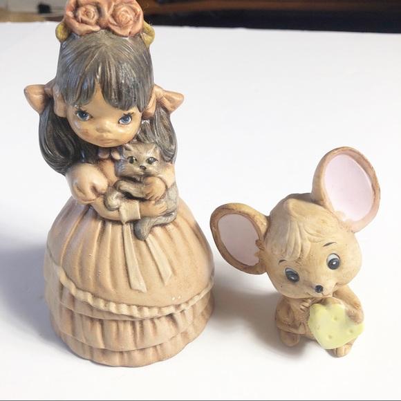 Vintage Kitsch Figurines Girl Kitten Mouse Cheese